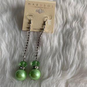NEW Green dangle earrings